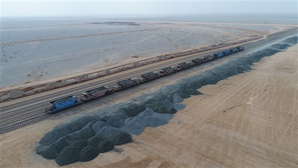 Entering More Than 500,000 Tons of Loads to the Pishgaman Dry Port in Last Year